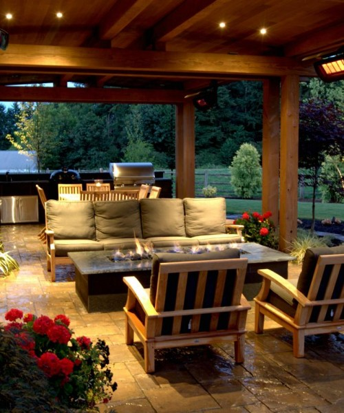 Alderwood-Landscaping_Country-Outdoor-Living-patio.jpg.rend.hgtvcom.1280.853